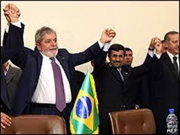 چرا به «فرزندان انقلاب» اختیار تام داده شد، به احمدینژاد داده نشد؟